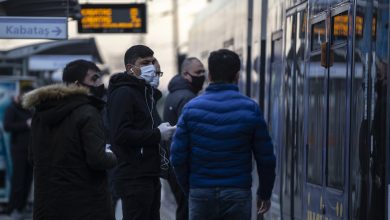 Photo of تداعيات كورونا الاقتصادية تهدد ثلاثة ملايين سوري في تركيا